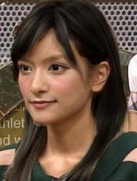 ローラ 黒髪1.png