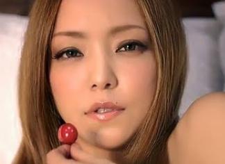 安室奈美恵 セクシー.png