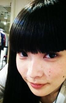黒髪 秋元こずえ.png